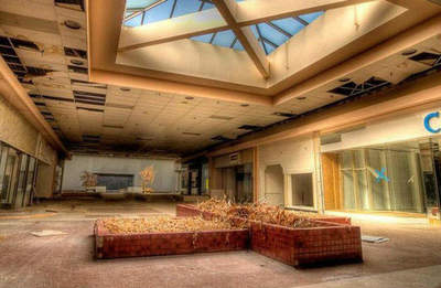 Journey through abandoned US Megamall