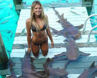 Student who travels around the world to take pictures with incredible sea creatures