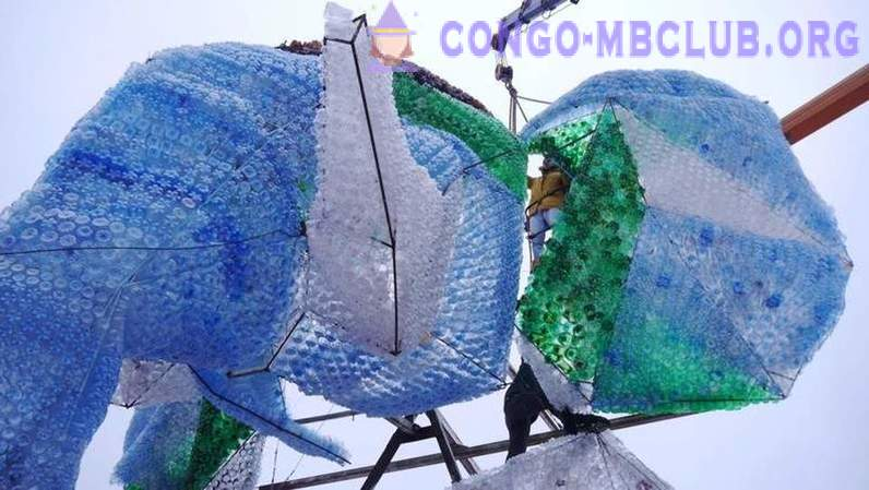 In Arkhangelsk completed the construction of a giant elephant from plastic bottles