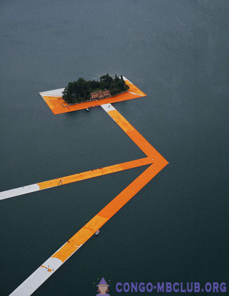 Floating pier Hristo