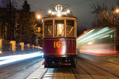 Walk through Moscow at night on an old tram