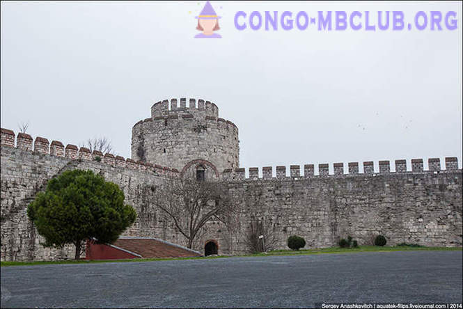 Golden Gate of Constantinople or prison for VIPs